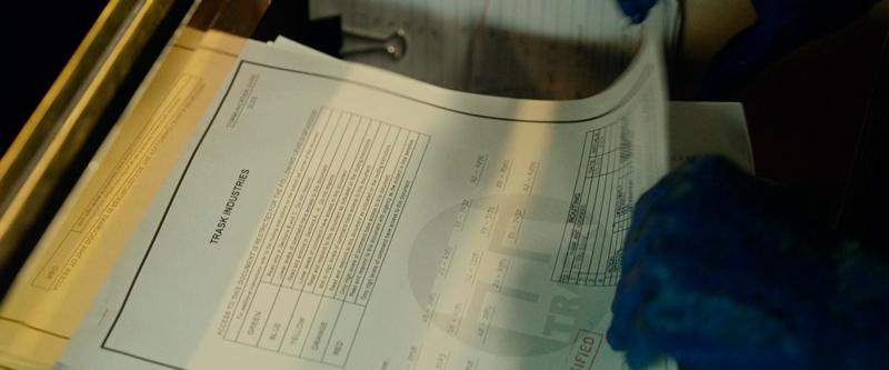Documentos sobre um mutante.