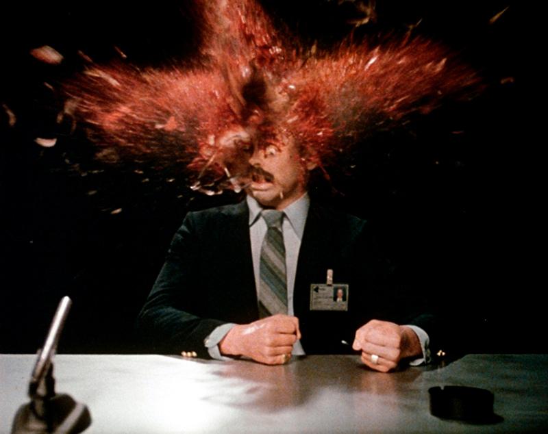 O ataque mental de explodir cabeças.