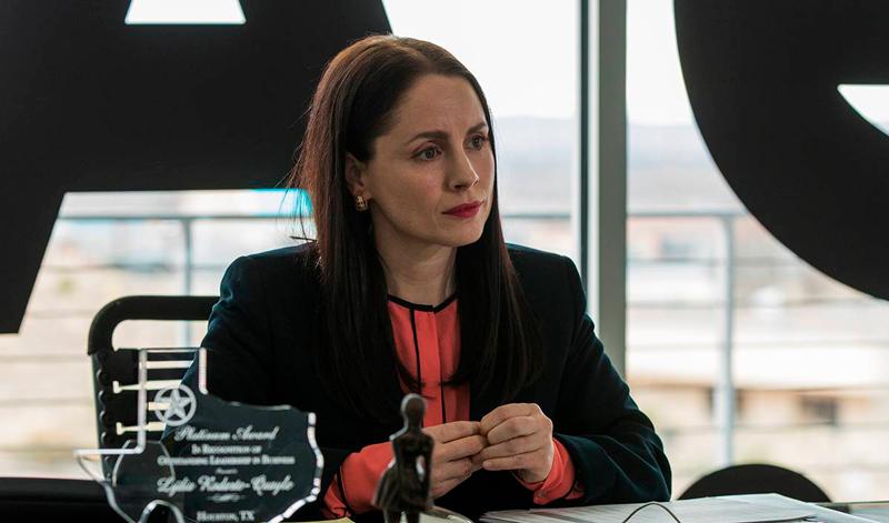 A gerente regional Lydia Rodarte-Quayle.